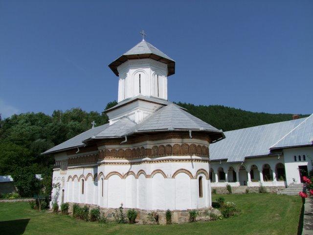 Biserica Schitului Crasna, zidită în anii 1636-1637