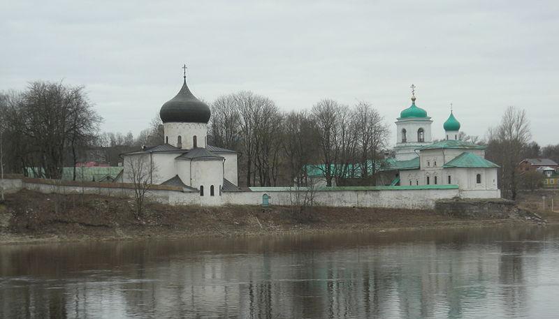File:MirozhskyMonastery.JPG